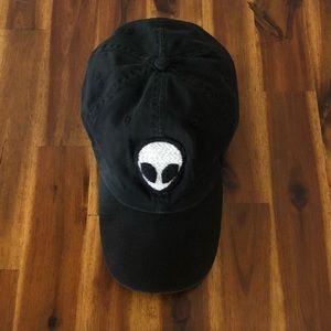 BRANDY MELVILLE | HAT